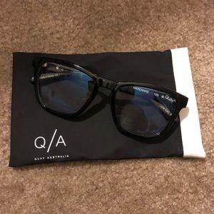Quay blue light blocking glasses